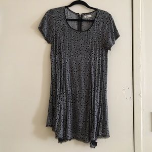 Urban outfitters black floral flowy tunic